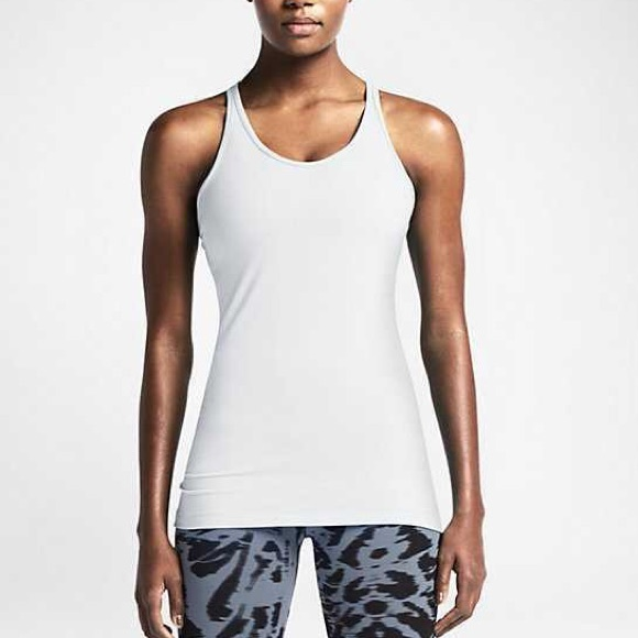 23ba7b70f2d25 Nike Women s Dri-Fit Tank Top